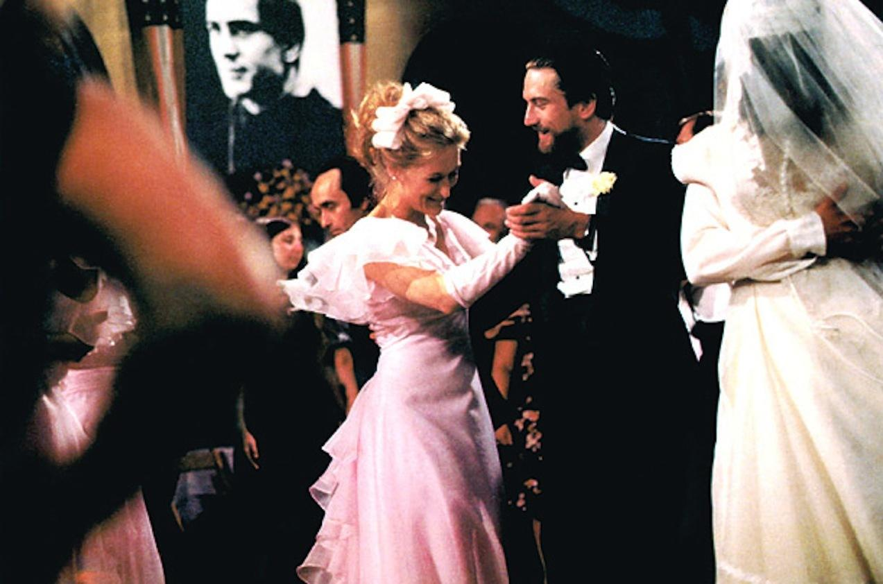 still-of-robert-de-niro-and-meryl-streep-in-vanatorul-de-cerbi